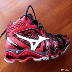 Высокие кроссовки для зала (волейбол, гандбол) Mizuno Wave Tornado 8 cb6047bfd79