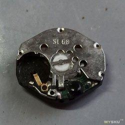 А внутре у ней неонка! Разбираем популярный китайский базовый калибр SL68