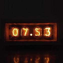 Тёплый ламповый свет или часы на газоразрядных индикаторах ИН-12