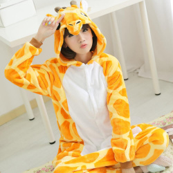 Как называется пижама-комбинезон с капюшоном в виде зверей и диких ... 68f8e476f2ab5