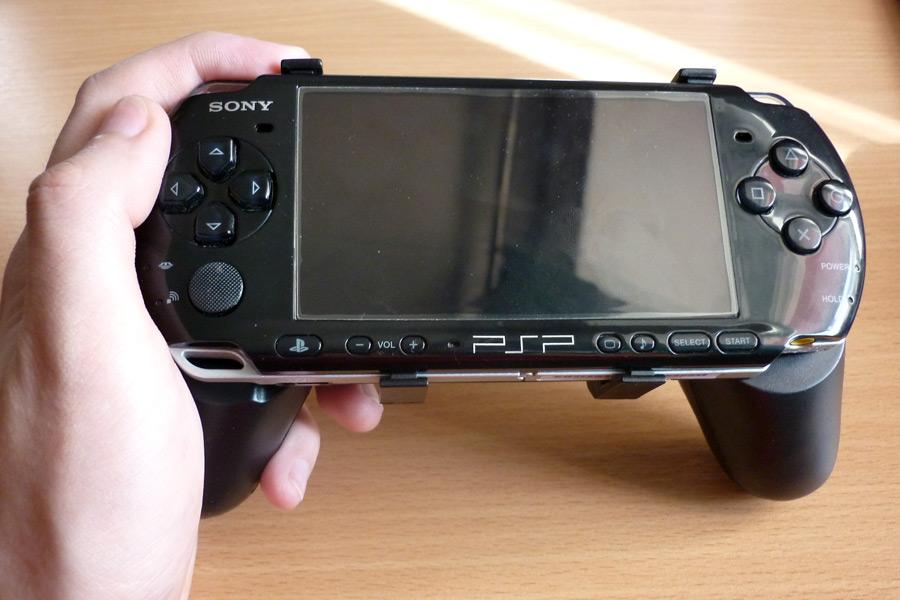 PSP-Hand-Grip-04