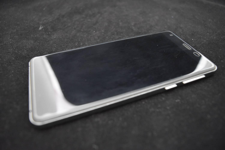 GearBest: Uhans S1 - прекрасный монстр. Так ли это?