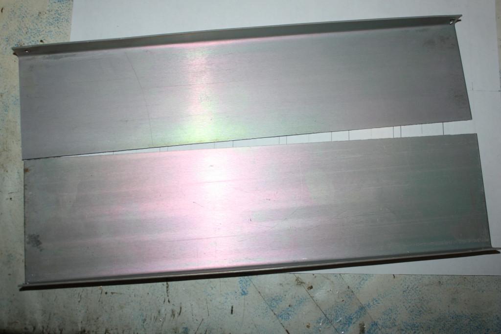 Акриловая труба L=300, D=100, d=95 и её применение. Делаем корпус для ламповых часов.