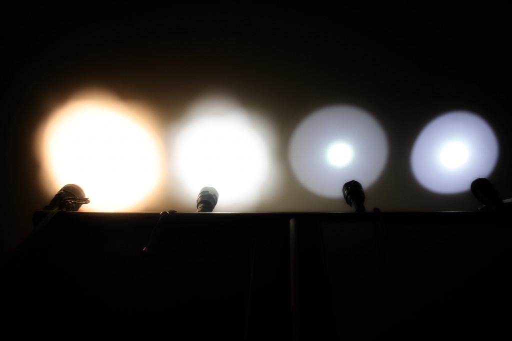 Светодиодный фонарь Utorch C8F. Новая версия с питанием от 21700. Обзор и разбор